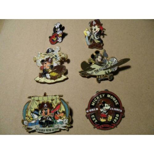6 Disney Pins Mickey