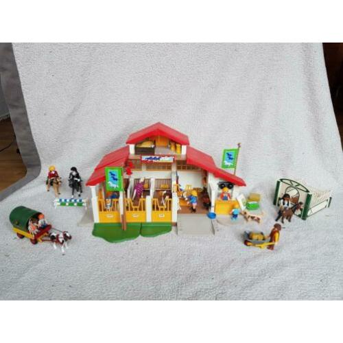 Playmobil paardenmanege