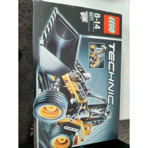 Lego wheel loader 8271